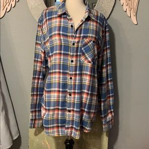 AEO Button Down Classic Fit So Soft Long Length